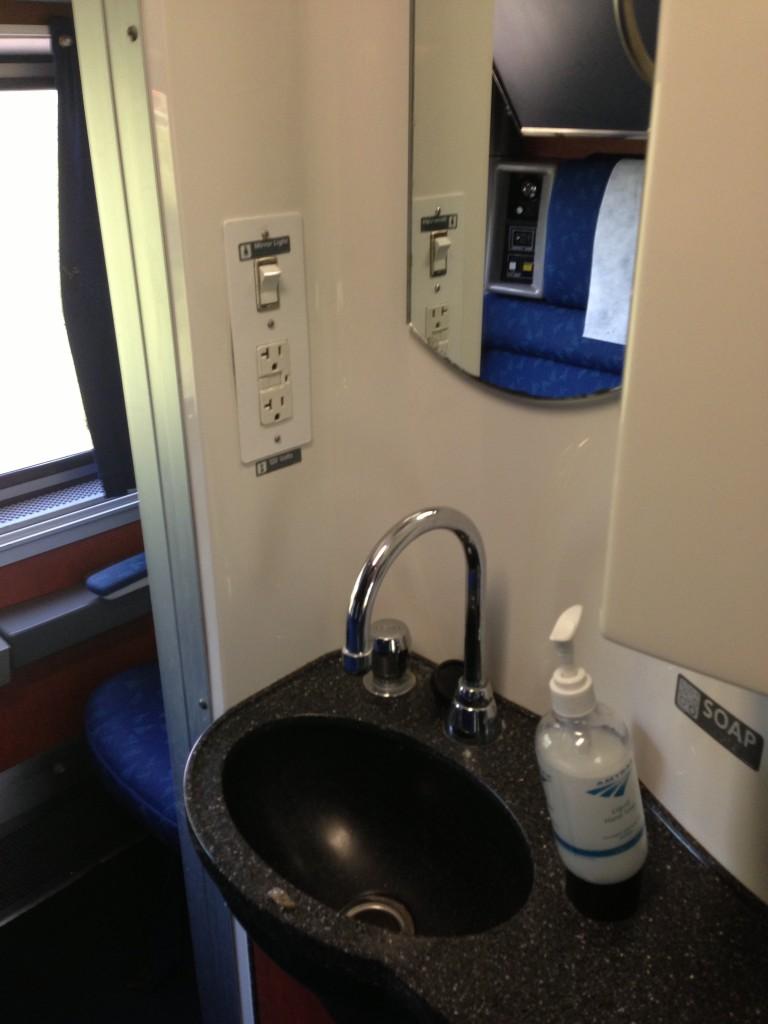 WATCH: Amtrak Bedroom Tour | Amtrak Blog
